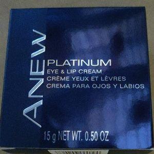 Anew platinum eye& lip cream